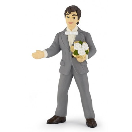 Groom with bouquet***