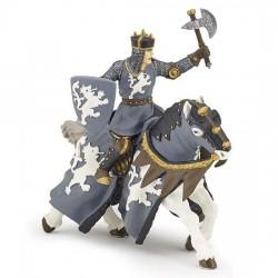 Cheval du chevalier noir à la hache retraité