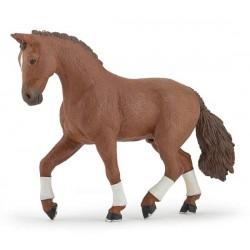 Alezan Hanovrian horse