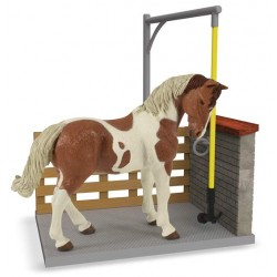 Horse washing box